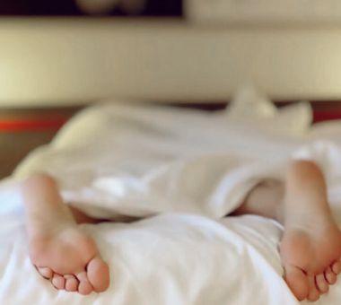 Nakna fötter